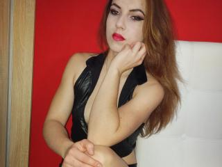 MorenaLove - Sexy live show with sex cam on XloveCam®