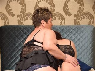 DivineDuo - Sexy live show with sex cam on XloveCam®