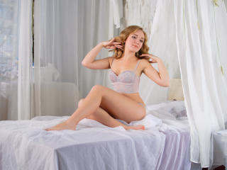 FreeBird - Sexy live show with sex cam on XloveCam®