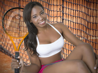 Naommi69 - Sexy live show with sex cam on XloveCam®