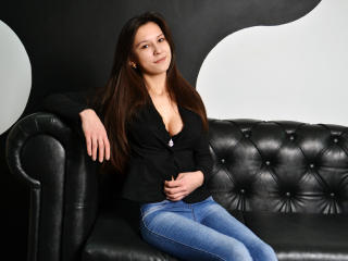 KristyCheerful - Sexy live show with sex cam on XloveCam®