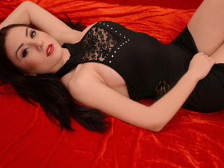 MeraudMissoni - Sexy live show with sex cam on XloveCam®