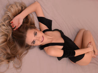 Ollga - Sexy live show with sex cam on XloveCam®