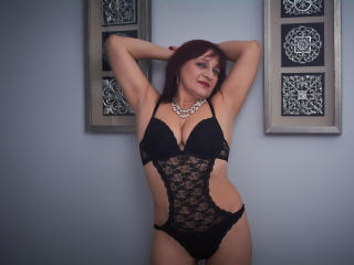 LadyMary - Sexy live show with sex cam on XloveCam®