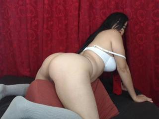 SexxyVeruzka - Sexy live show with sex cam on XloveCam®