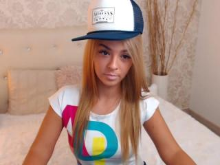 AliceGold - Sexy live show with sex cam on XloveCam®