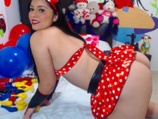 PrettyDolly - Sexy live show with sex cam on XloveCam®