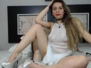 Playfulblond - Sexy live show with sex cam on XloveCam®