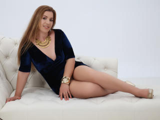 CapableBrianna - Show sexy et webcam live sexe en direct sur XloveCam®