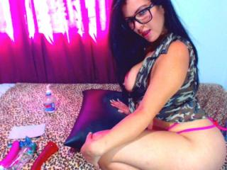 ValeriFontaine - Sexy live show with sex cam on XloveCam®