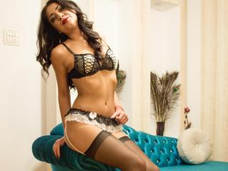 GloryCate - Sexy live show with sex cam on XloveCam®