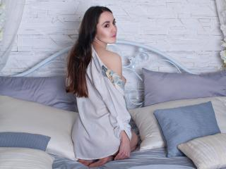 JudithHoney - Sexy live show with sex cam on XloveCam®