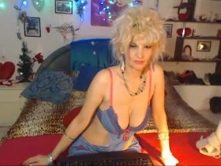 DonnaChantal - Sexy live show with sex cam on XloveCam®