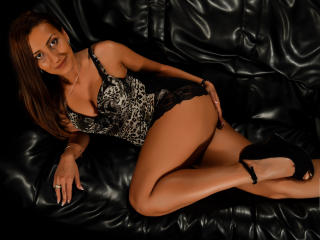 SPICYMEL - Show sexy et webcam hard sex en direct sur XloveCam®
