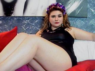 SpicySuzy - Sexy live show with sex cam on XloveCam®