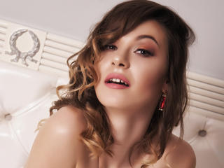 RaisaJoy - Sexy live show with sex cam on XloveCam®
