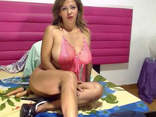 MatureDelicious - Sexy live show with sex cam on XloveCam®