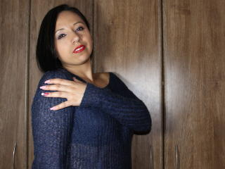 BellaLolita - Sexy live show with sex cam on XloveCam®