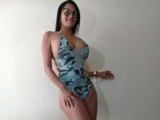 ChanyHott - Sexy live show with sex cam on XloveCam®