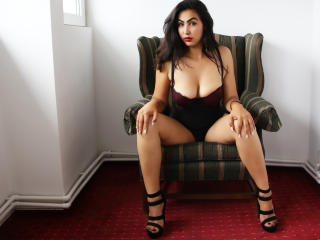 CallMeLove - Sexy live show with sex cam on XloveCam®