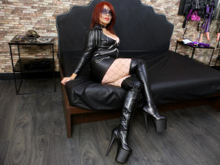 RedHeadLover - Sexy live show with sex cam on XloveCam®