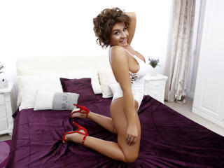XDashingCarla - Show sexy et webcam hard sex en direct sur XloveCam®