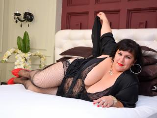 CherieBBW - Sexy live show with sex cam on XloveCam®