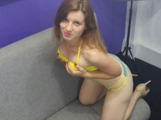 WildBeverly - Sexy live show with sex cam on XloveCam®