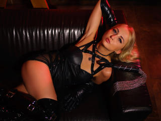SonyaDrew - Show sexy et webcam hard sex en direct sur XloveCam®