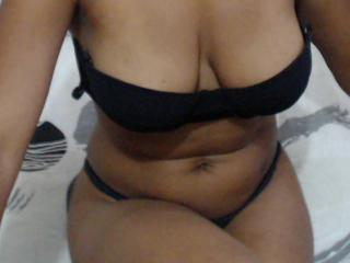 NoemiLuv - Sexy live show with sex cam on XloveCam®