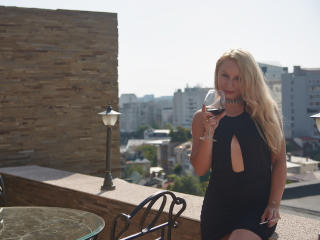 MyleinaMery - Sexy live show with sex cam on XloveCam®