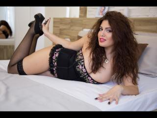 LucyXBelle - Sexy live show with sex cam on XloveCam®