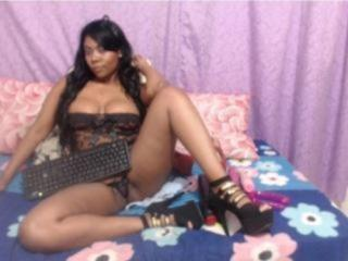 SquirtDelicia - Sexy live show with sex cam on XloveCam®