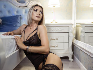 Nicki - Sexy live show with sex cam on XloveCam®