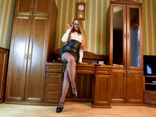PrettyOnePatricia - Sexy live show with sex cam on XloveCam®