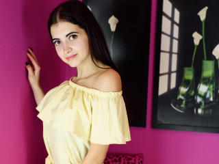 ArishaW - Sexy live show with sex cam on XloveCam®