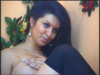 Celline - Sexy live show with sex cam on XloveCam®
