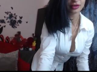 TheSunshine - Chat hot with a European Nude young lady
